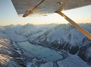 Mt-Cook-and-the-Glaciers-Scenic-Flight-w