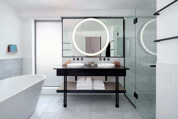 QTQT Alpine Bathroom.jpeg