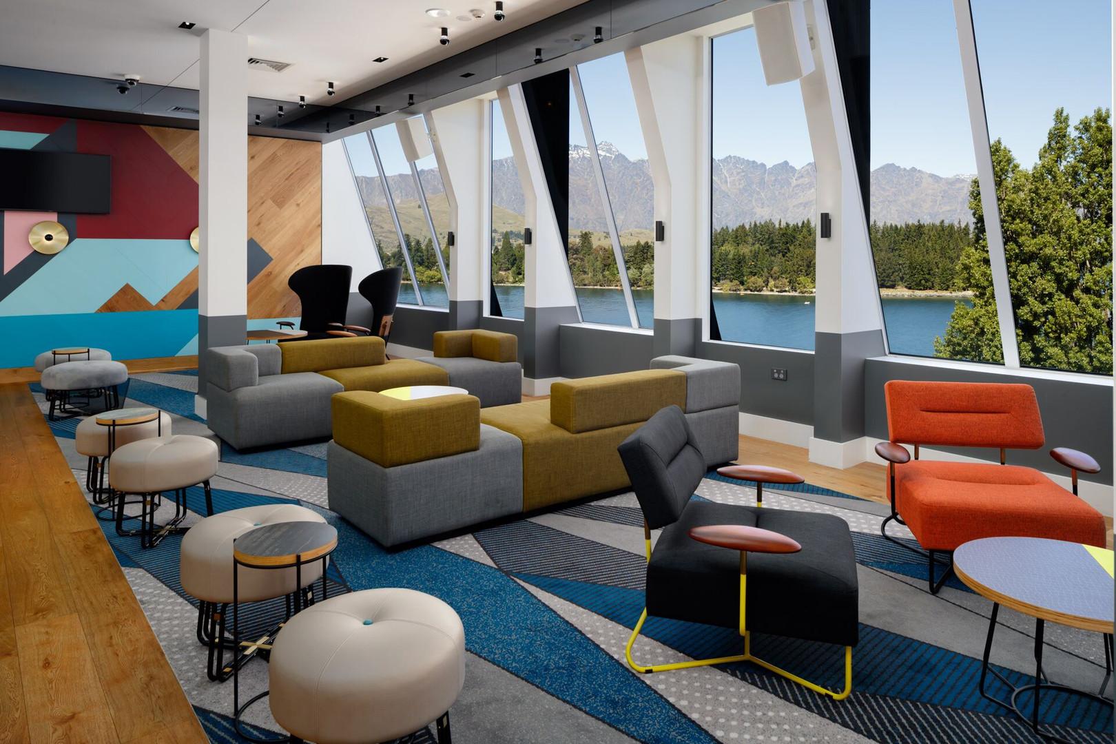 QTQT Reds Bar Lounge.jpeg