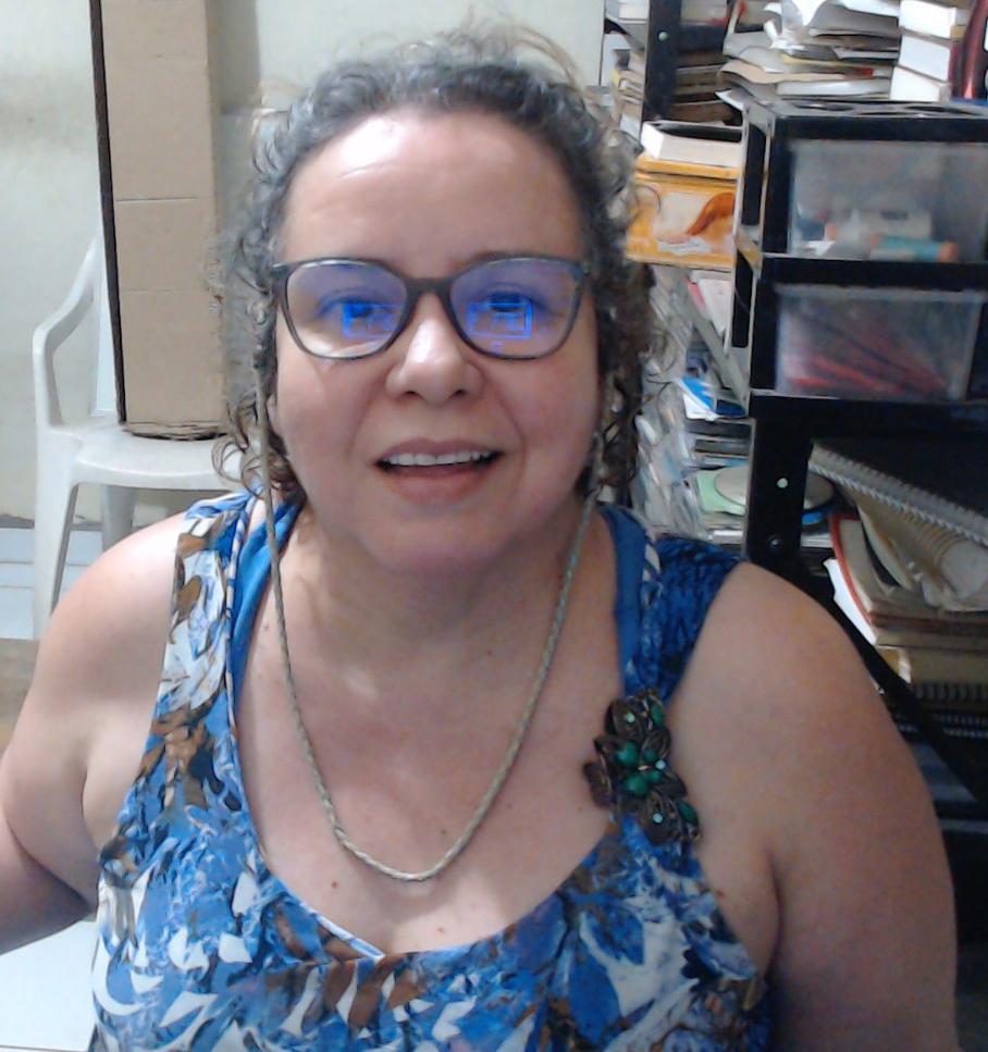 Profa. Isabel Arco Verde Santos