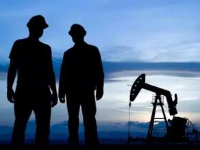 فقدان أكثر من 100 ألف وظيفة في قطاع النفط في أمريكا خلال عام