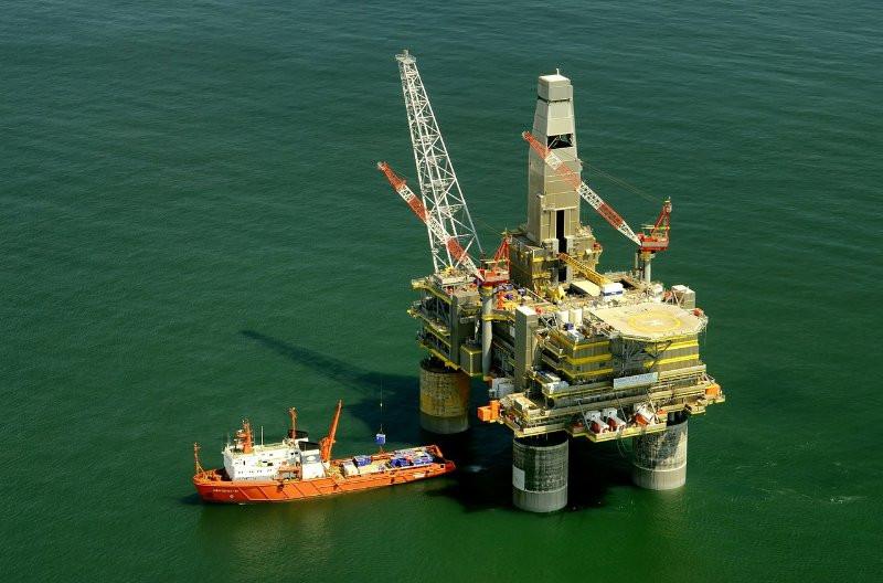 وزير الطاقة الروسي: نستطيع رفع قدرة انتاج النفط بمقدار 500 ألف برميل يوميا