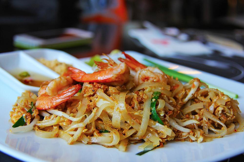 Phat Thai with prawns