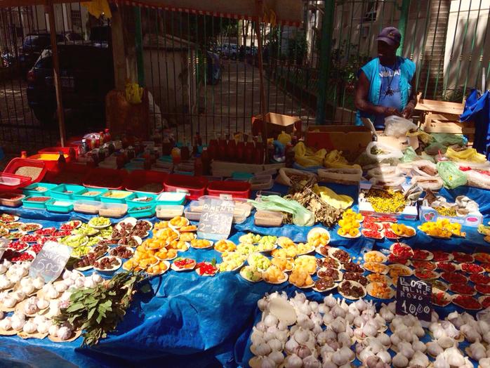 Laranjeiras Saturday Food Market