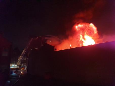 FireFighters Tackle Major City Blaze