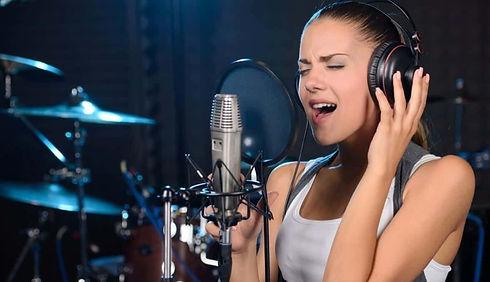 Practice-Singing-in-Studiooooo.jpg
