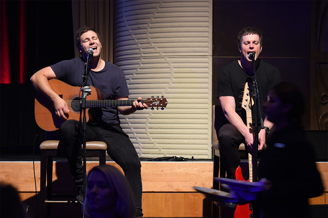 Acoustic Duo 5 West Bulldogs.jpg