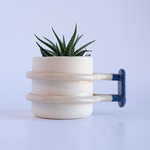 Shackle - Planter/holder cup