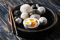Rýžové kuličky a vajíčka