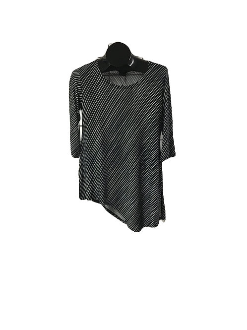 Black/White Diagonal Stripe 3/4 Sleeve Asymmetric Tunic