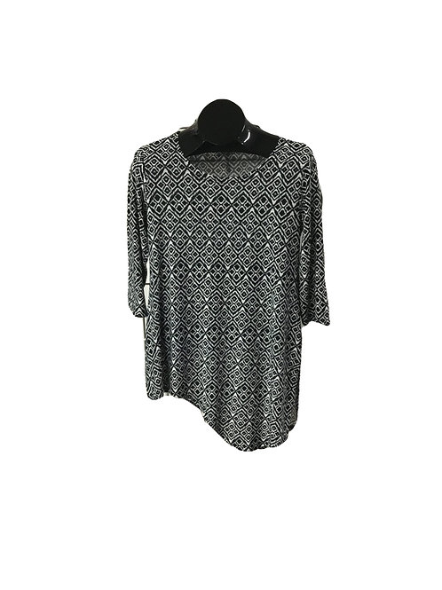Black/White Aztec Print 3/4 Sleeve Asymmetric Tunic