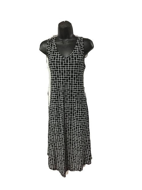 Black/White Rectangle Print Tank Dress with Hankerchief Hem