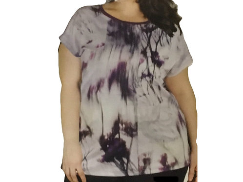 Full Figure Capsleeve Placement Print Top