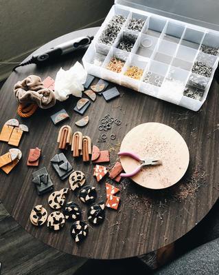 Organizing Pieces