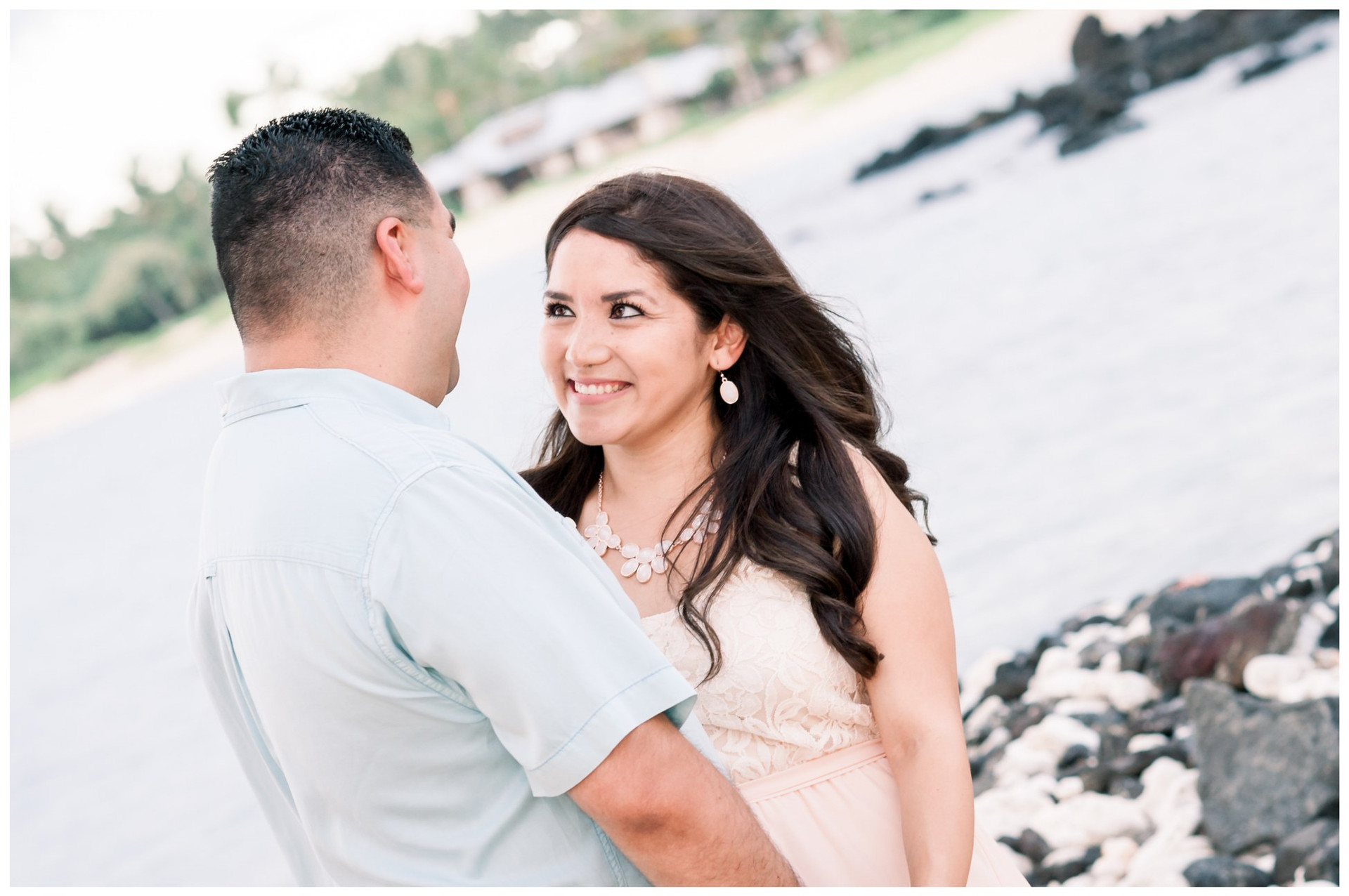 Hawaii Engagement Photographers 6.jpg