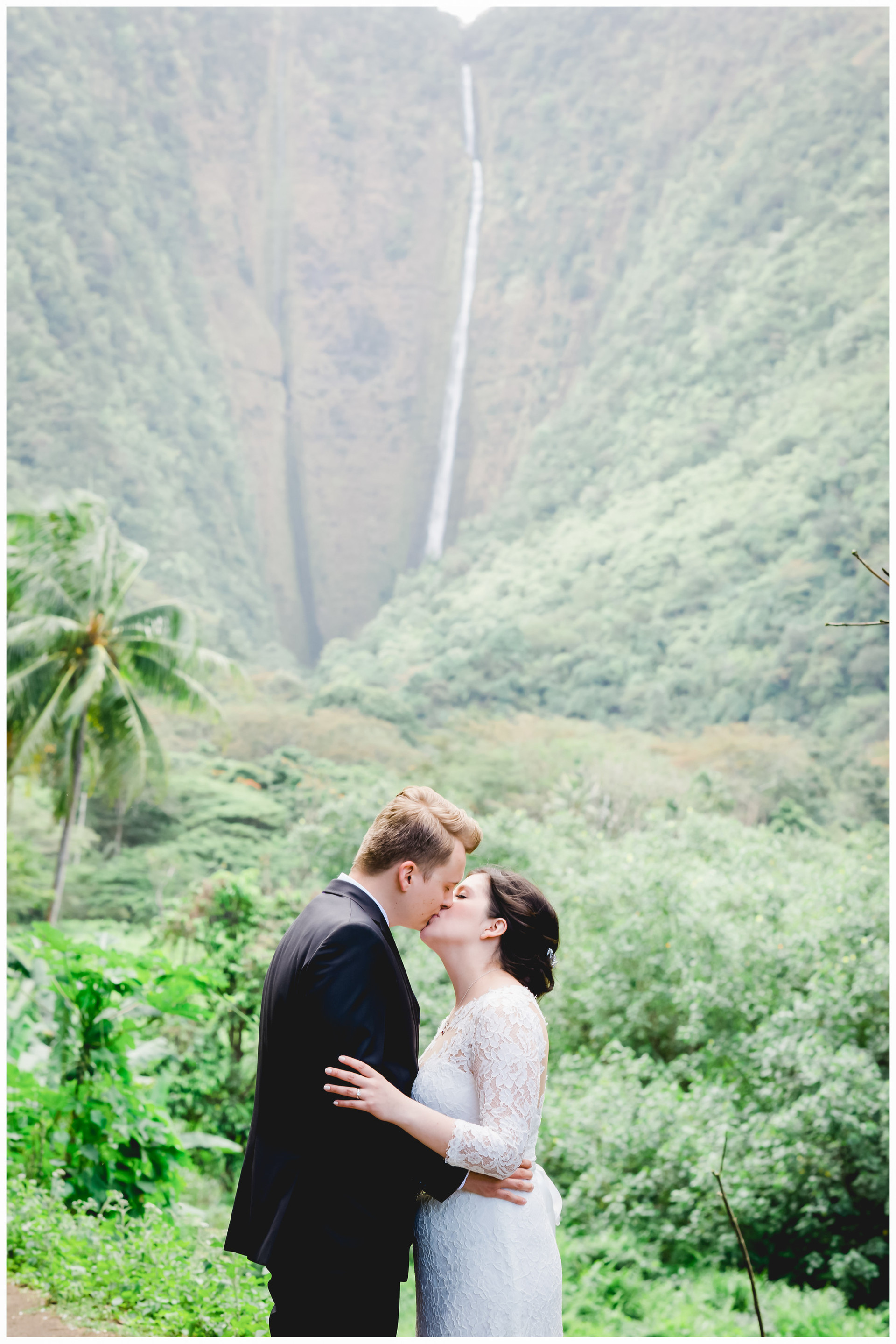 Waipio Valley Wedding-10.jpg