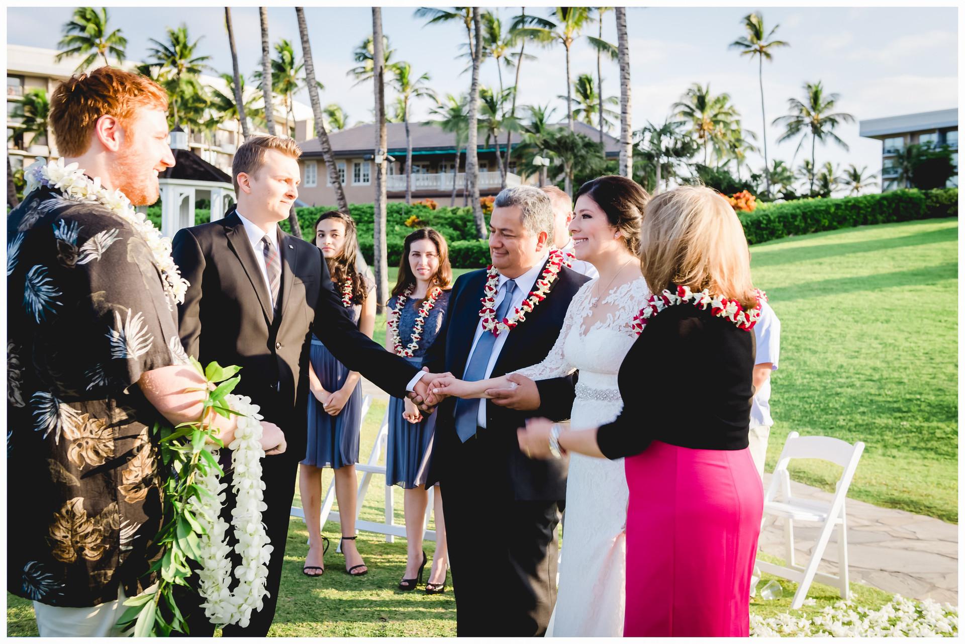 Hilton Hawaii Weddings 17.jpg