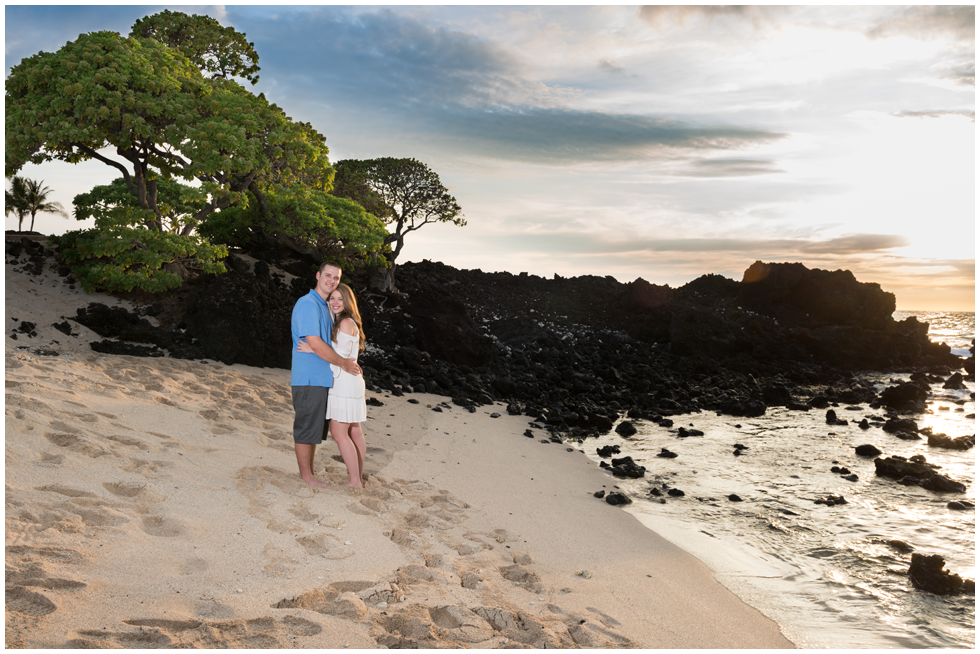 hawaii elopement photographers.png