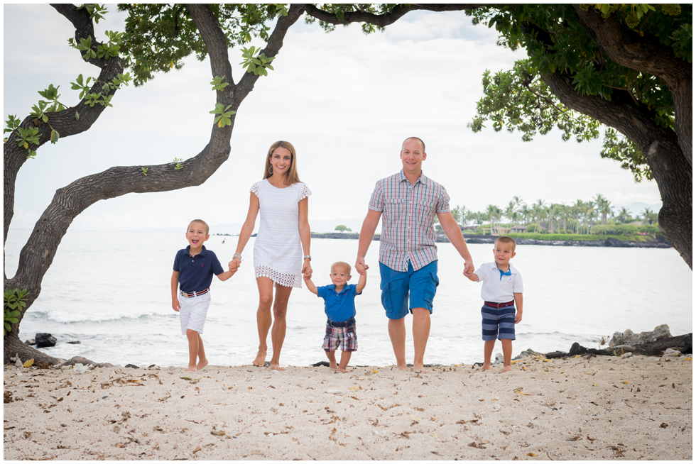 Hawaii family portraits.png