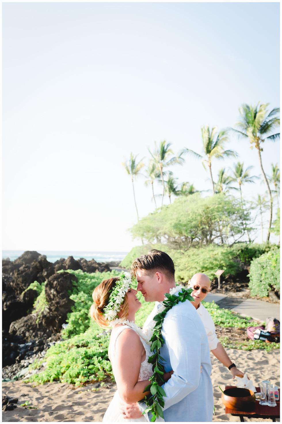 Hawaii Beach Weddings-1-4.jpg