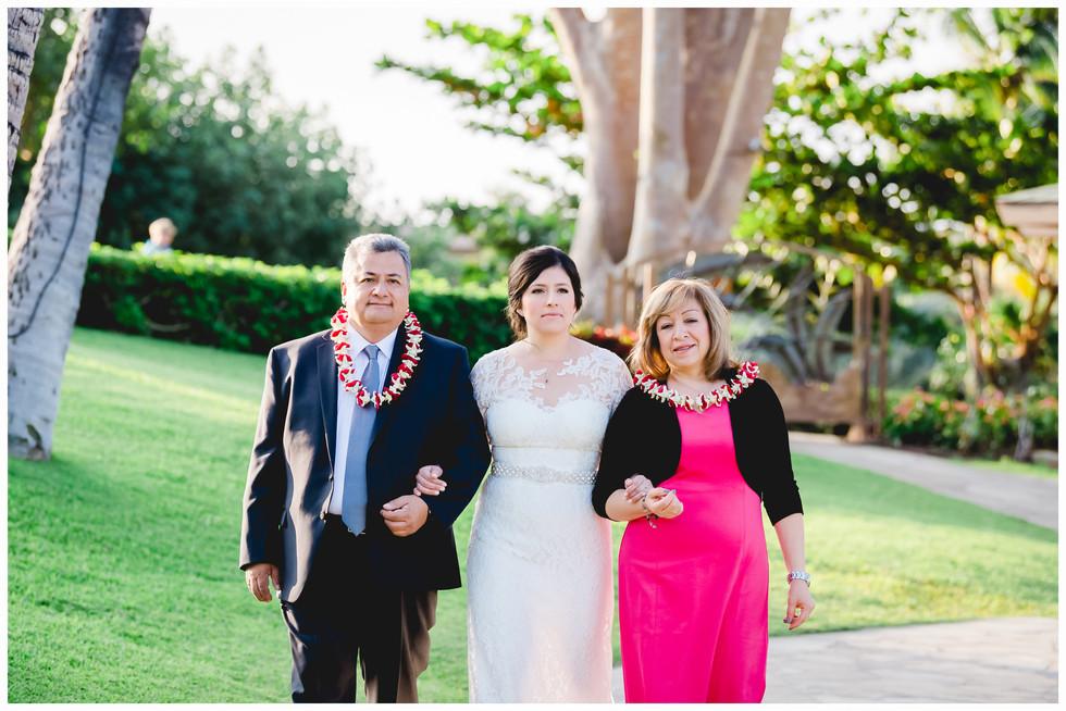 Hilton Hawaii Weddings 16.jpg