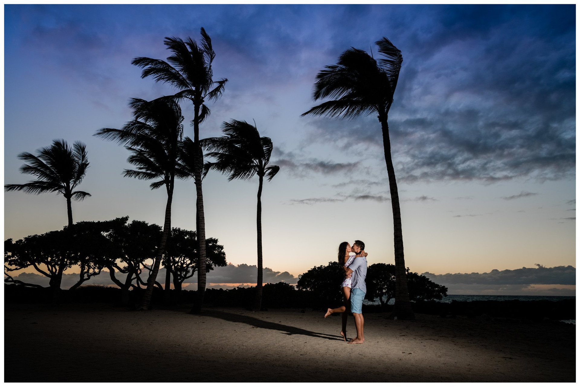 Hawaii Engagment Photographer 2.jpg