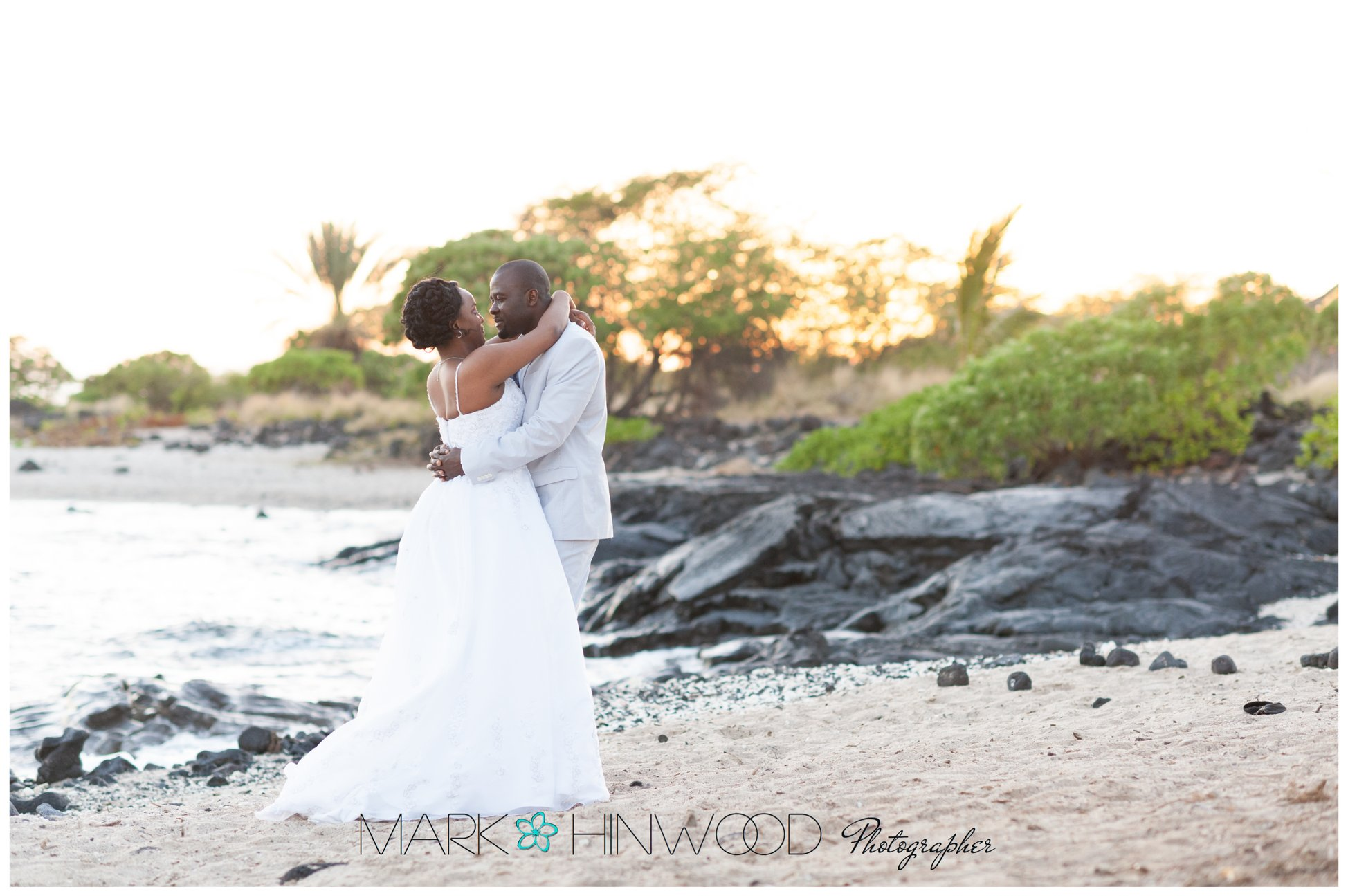 Kona beach weddings 4
