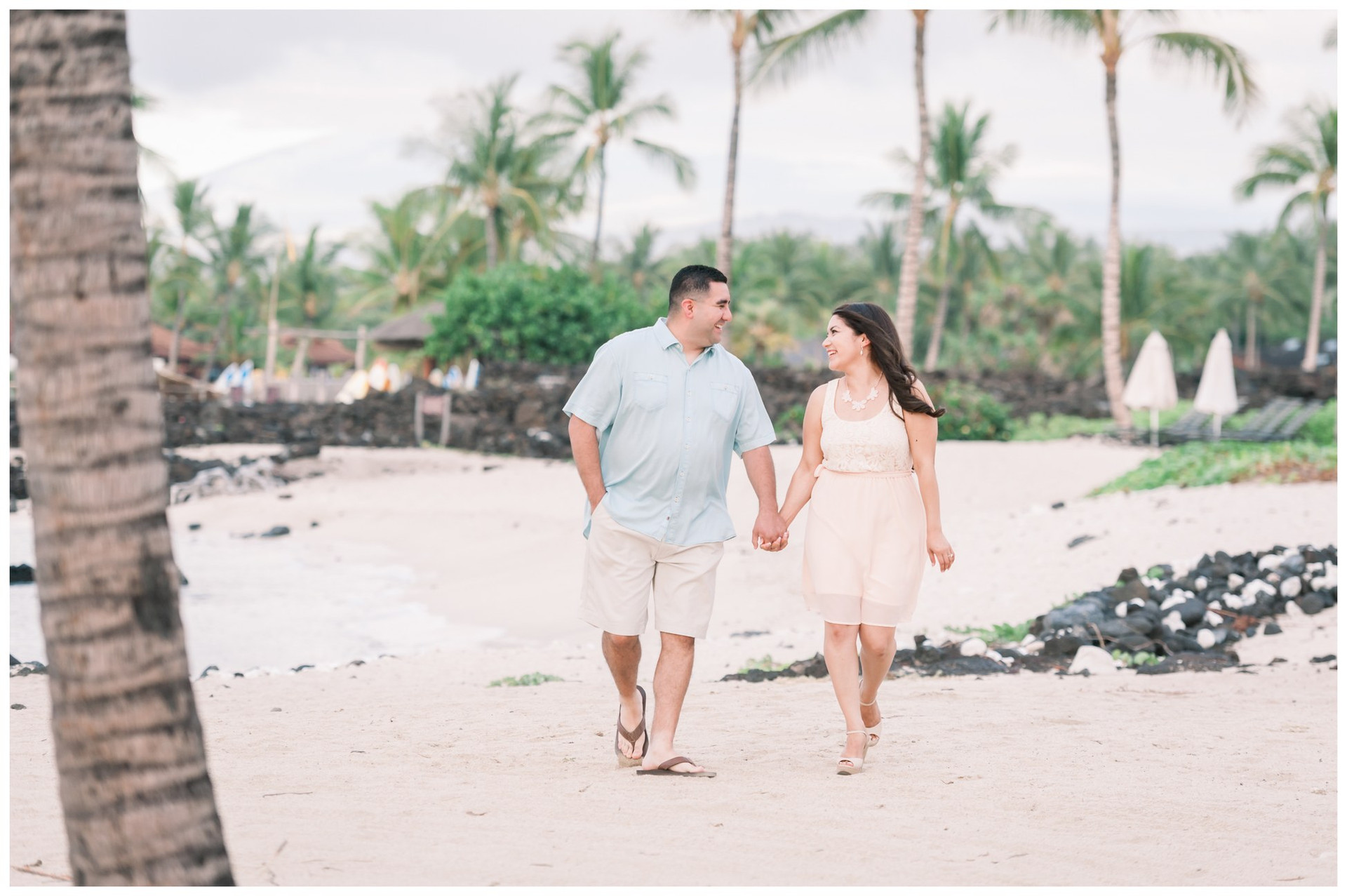 Hawaii Engagement Photographers 9.jpg