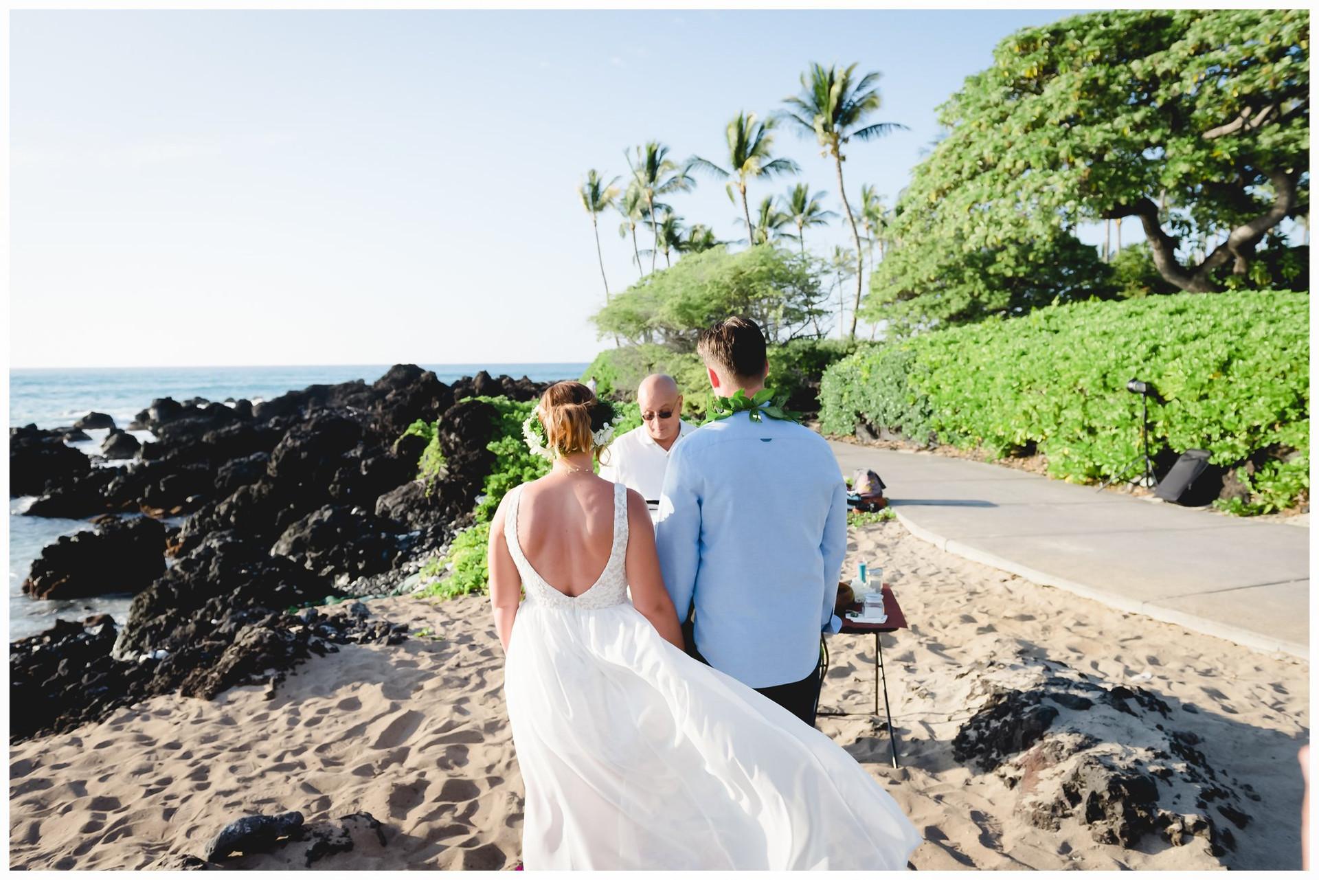 Hawaii Beach Weddings-11.jpg