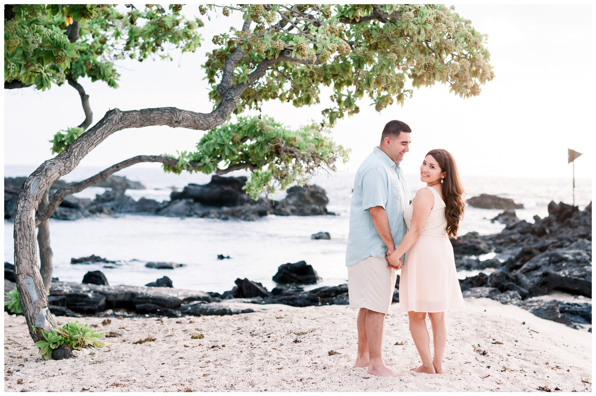 Hawaii Engagement Photographers15.jpg