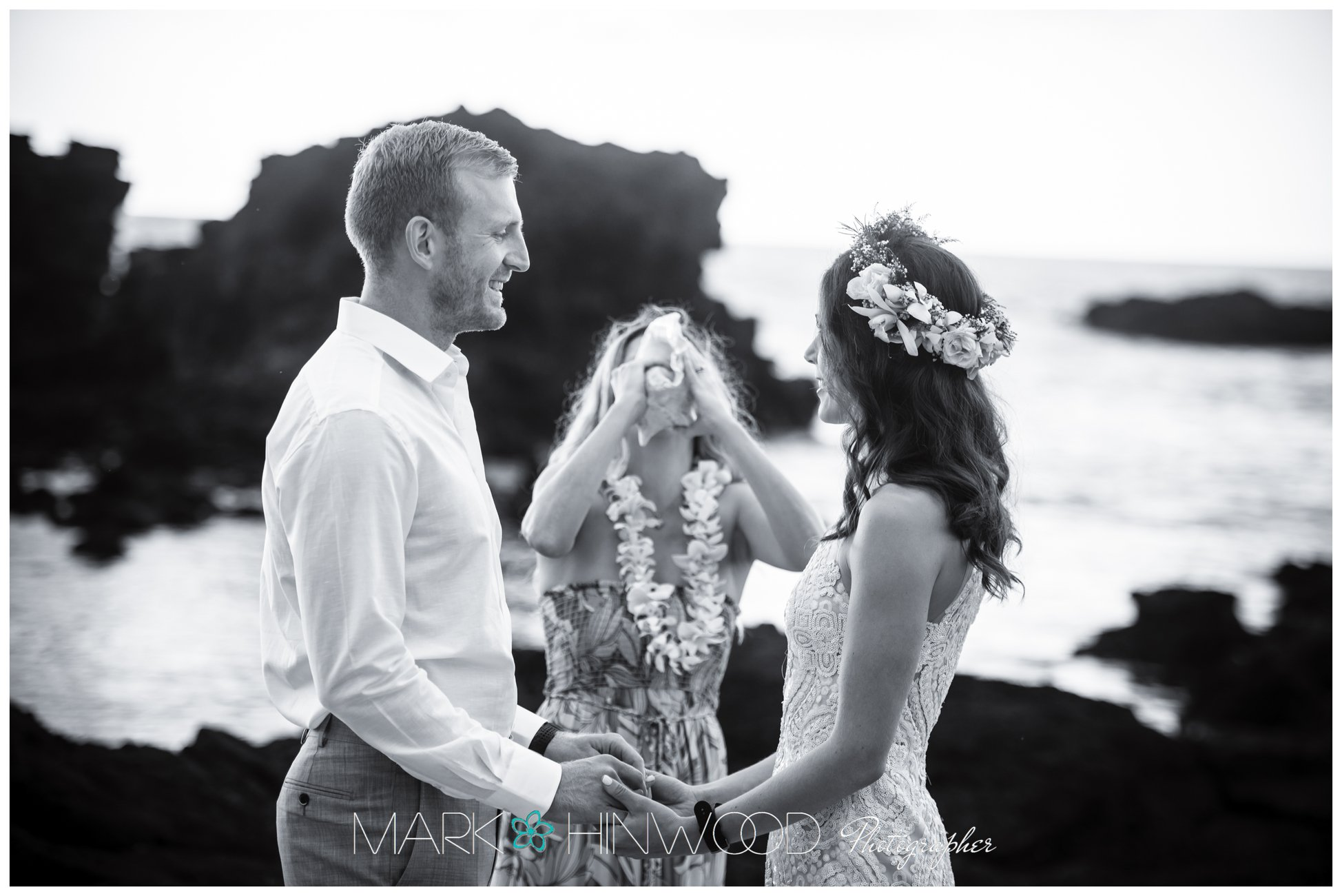 Simple Kona beach weddings 2-2