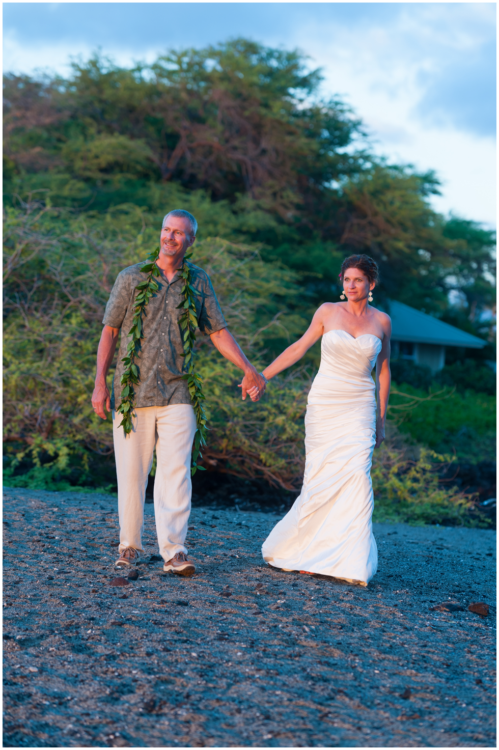 sunset weddings hawaii.png