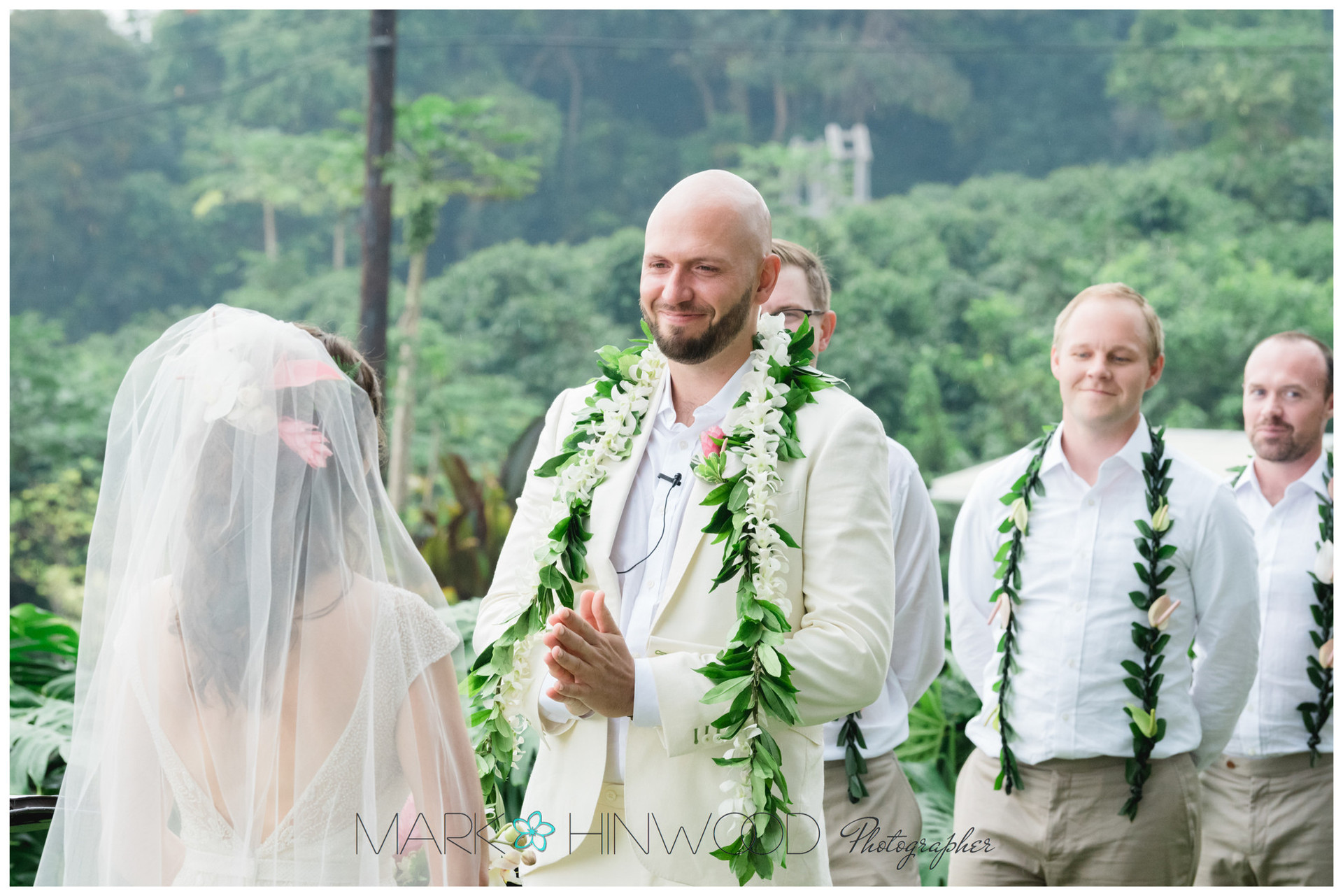 Top Big Island Wedding Photographer 28.j