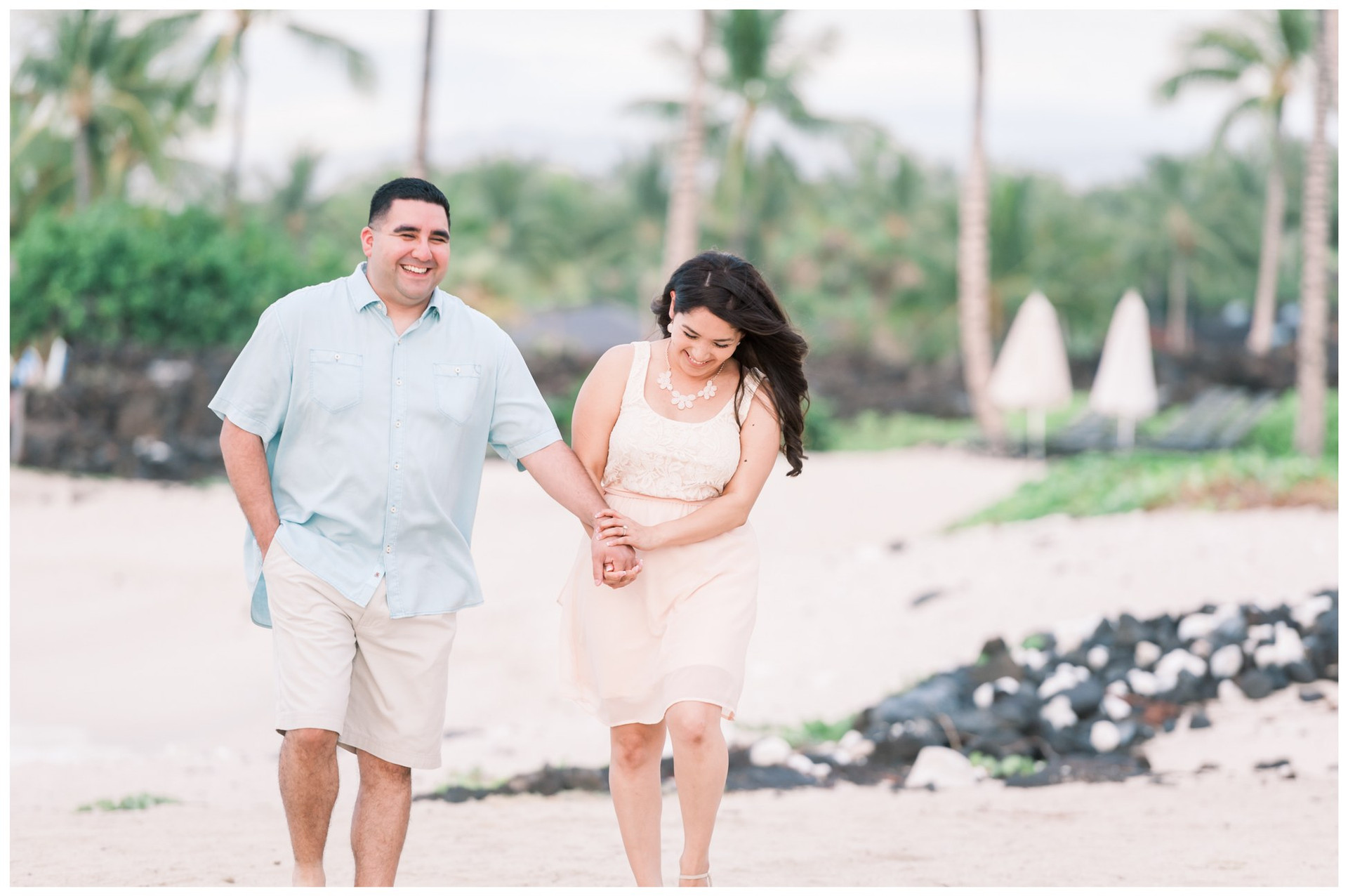 Hawaii Engagement Photographers 5.jpg