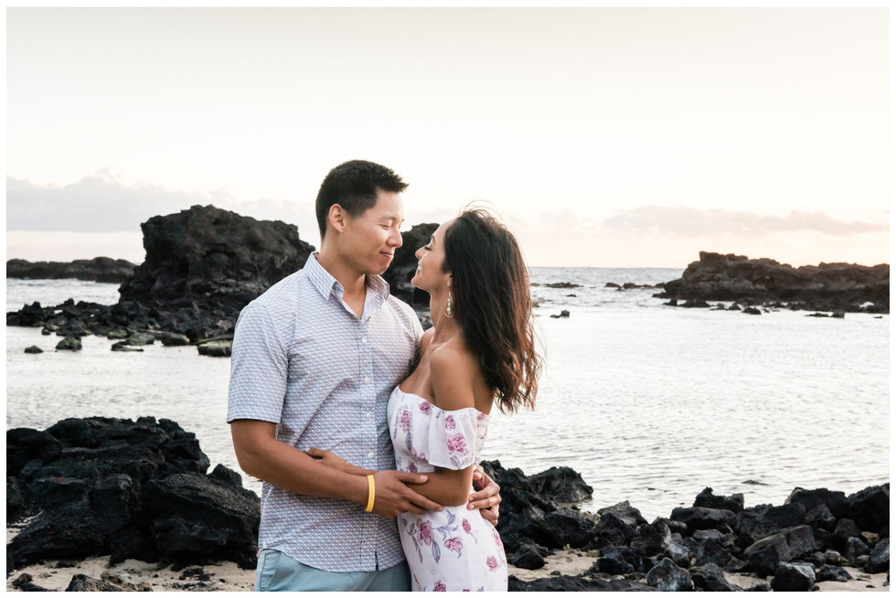 Hawaii Engagment Photographer 7.jpg