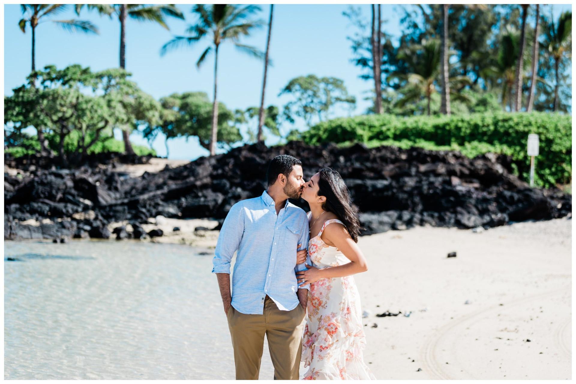 Hawaii Honeymoon photographers 1.jpg