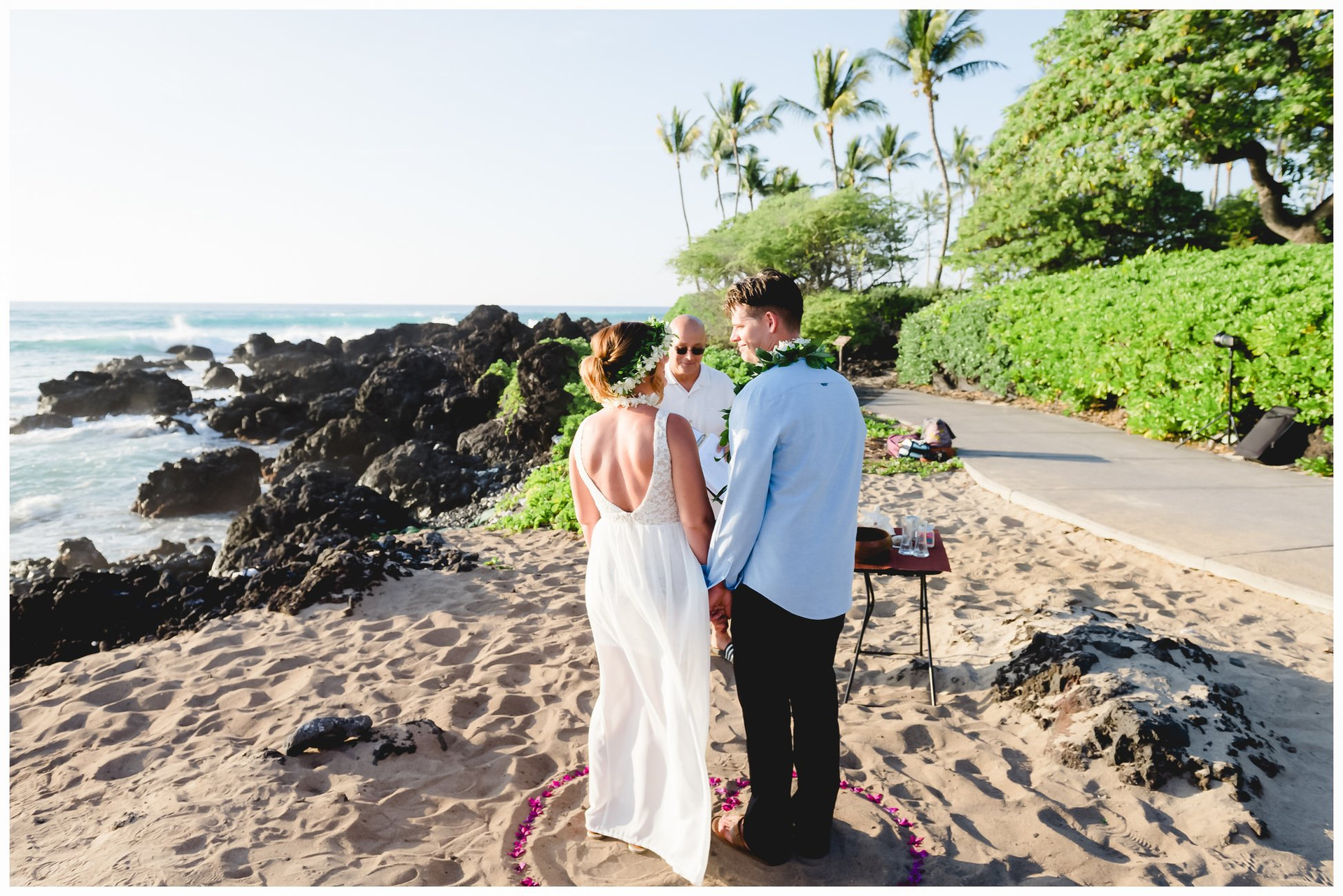 Hawaii Beach Weddings-15.jpg