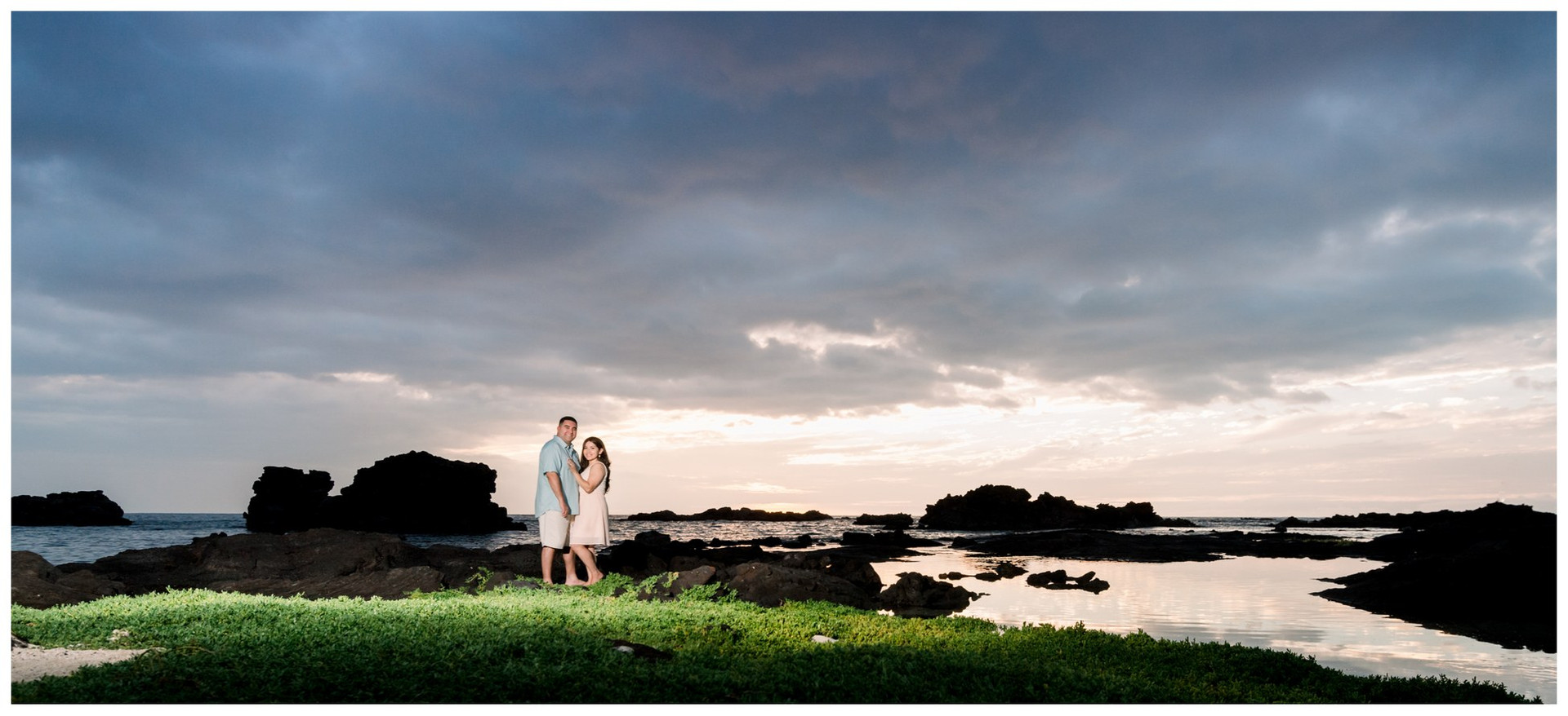 Hawaii Engagement Photography.jpg