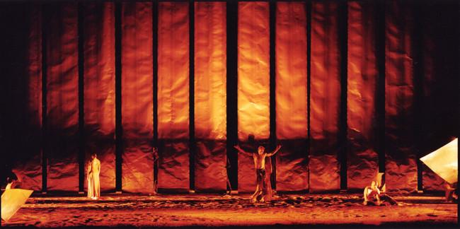 Bühnenbild am Nationaltheater Mannheim zu no man´s land, Choreographie Philipp Talard
