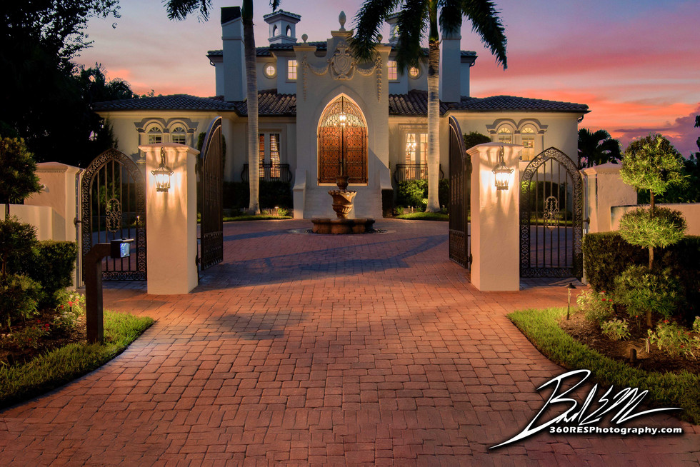 Siesta Key Luxury Home at Twilight - Real Estate Photography - Bradenton & Sarasota, Florida - 360 Real Estate Services, LLC