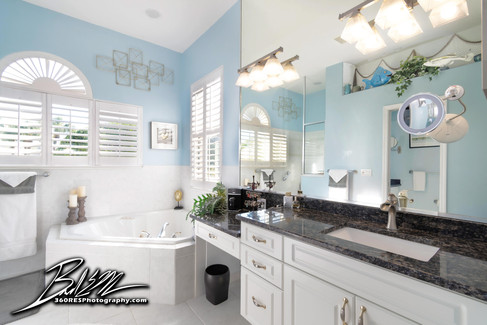 Lakewood Ranch Bathroom - Real Estate Photography - Bradenton & Sarasota, Florida - 360 Real Estate Services, LLC