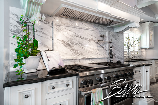 Kitchen Range - Sarasota, Florida - 360 Real Estate Services, LLC - Photography