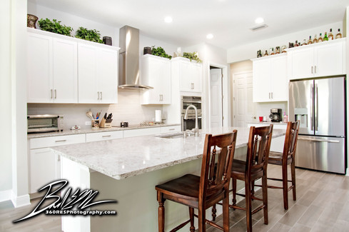 Parrish Kitchen - Real Estate Photography - Bradenton & Sarasota, Florida - 360 Real Estate Services, LLC