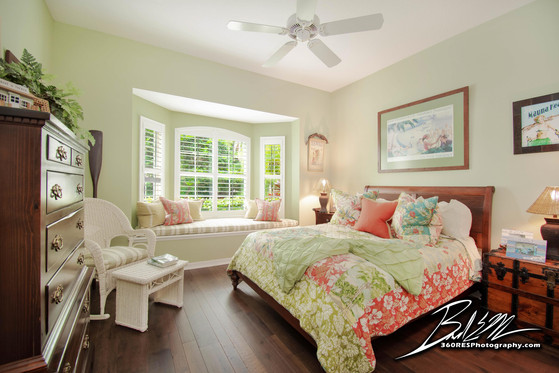 Lakewood Ranch Guest Bedroom - Real Estate Photography - Bradenton & Sarasota, Florida - 360 Real Estate Services, LLC
