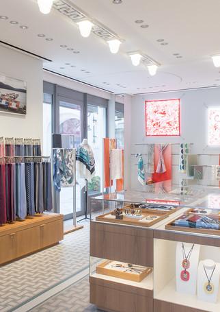 Intérieur magasin Hermès Biarritz
