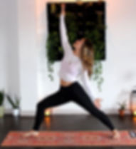 zen-bear-yoga-IVf7hm88zxY-unsplash.jpg