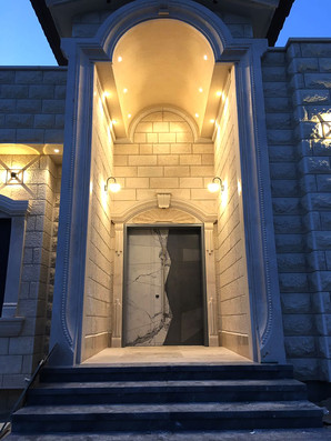 דלת כפולה שיש ובטון