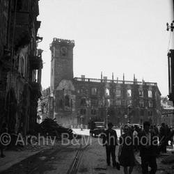 Vyhořelá Staroměstská radnice