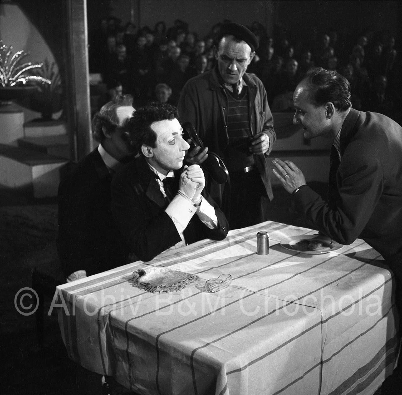 Film_Cirkus_Bude_1954