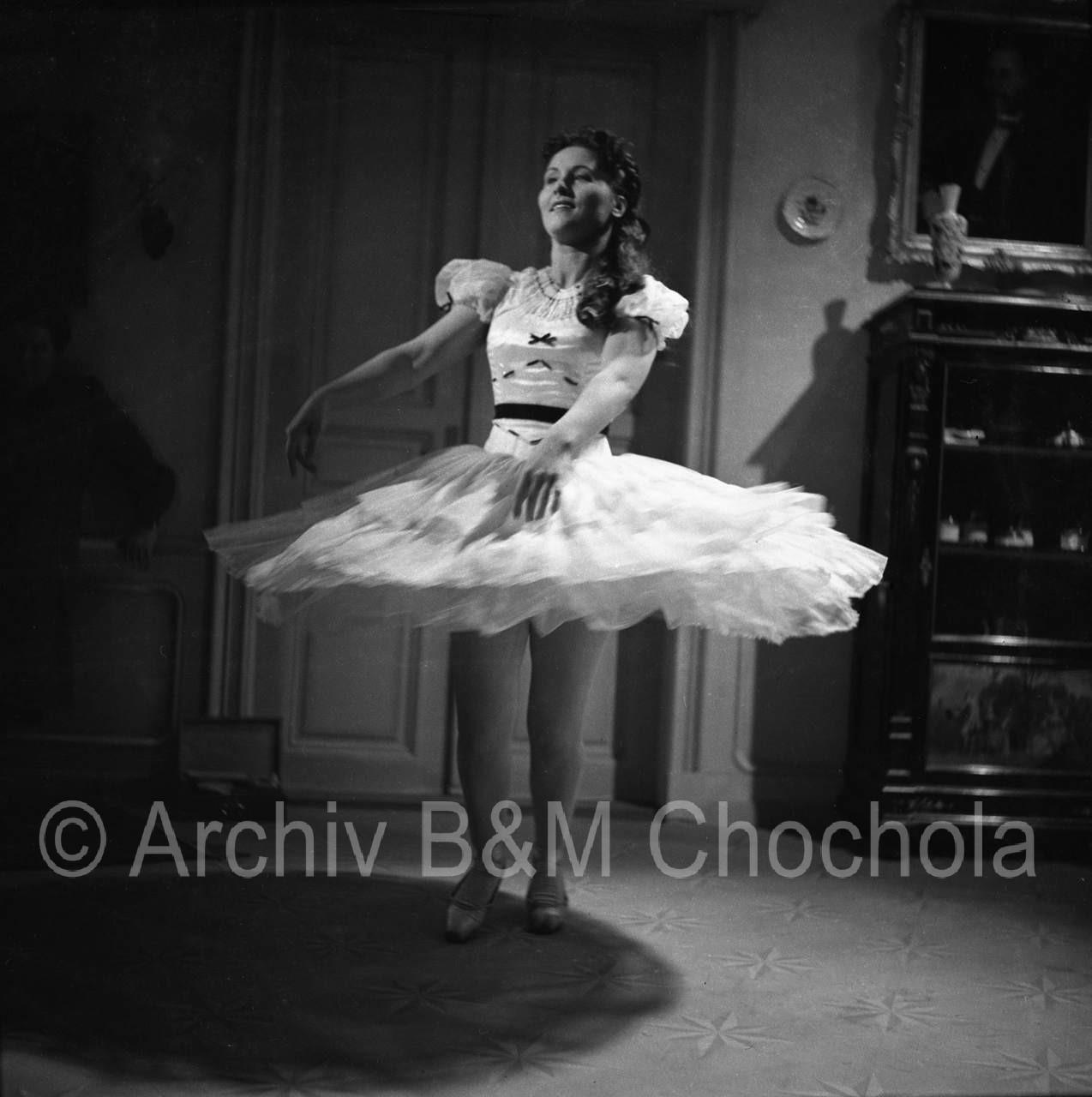 Film Tanečnice 1943_001